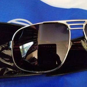 Prada Accessories - 😎Prada Aviator Sunglasses w/Case